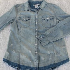 NWT AMERICAN RAG DISTRESSED CHAMBRAY BUTTON DOWN